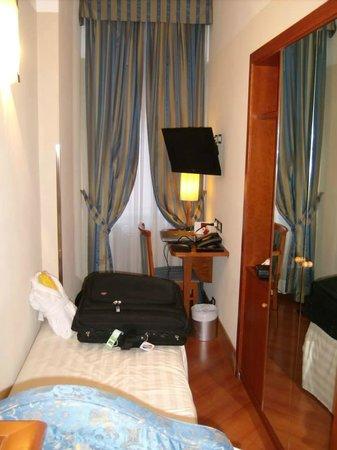 BEST WESTERN Hotel Spring House: Single room