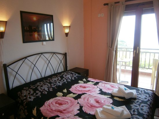 Barbagiannis House: DOUBLE ROOM