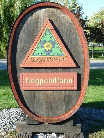 Frogpond Farm Organic Winery: Entrance