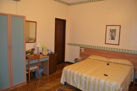 호텔 에덴 리비에라
