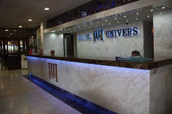 Univers Hotel : Receptie