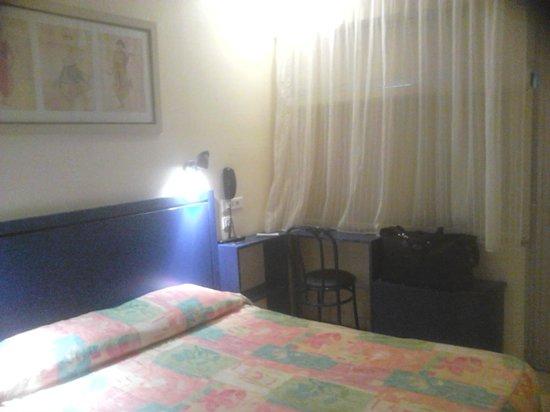Hotel Les Rives Bleues : Chambre