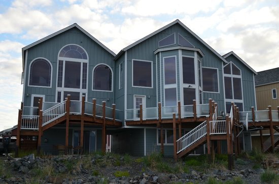 Land's End Resort : Land's End private condos