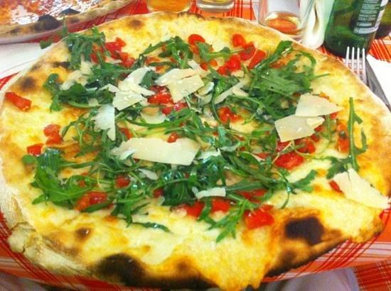 Bar della piazza : Pizza Italia