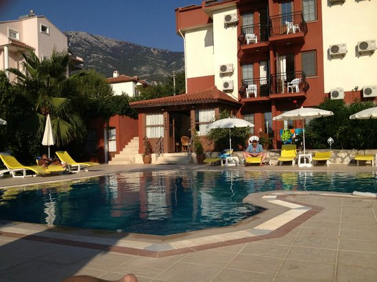 Olympos Hotel: Swimming Pool