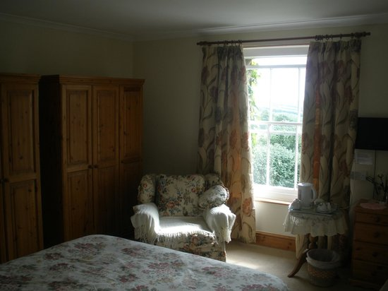 Boyton, UK: my lovely fresh bedroom