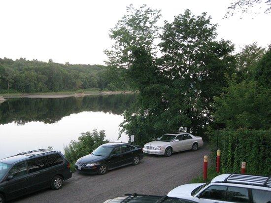 Joyce's in Hallowell: Looking down Kennebec River from Joyce's Deck