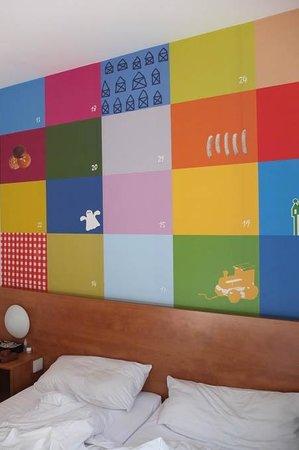 B&B Hotel Nuernberg-City : nice & cute graphic