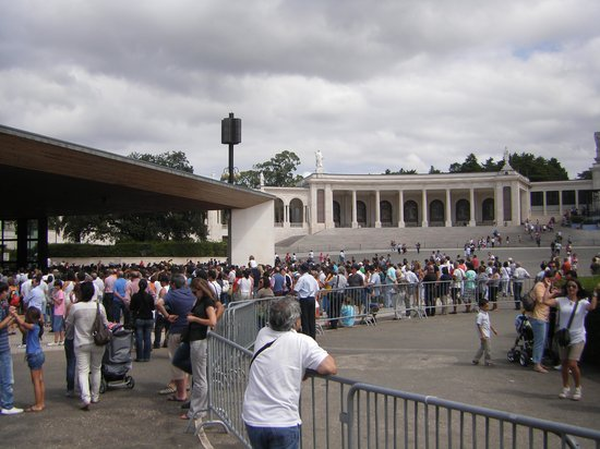 Shrine of our Lady of the Rosary of Fatima: Visita a Fátima