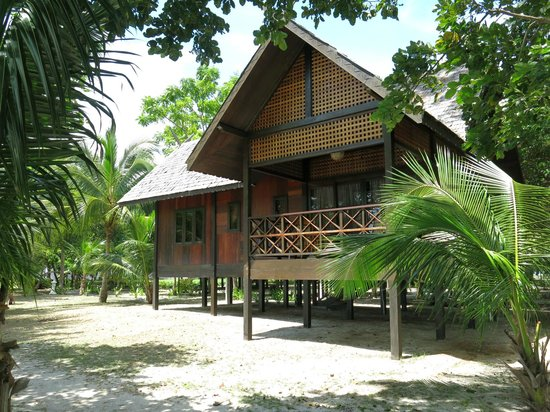 The Reef Dive Resort: King Chalet