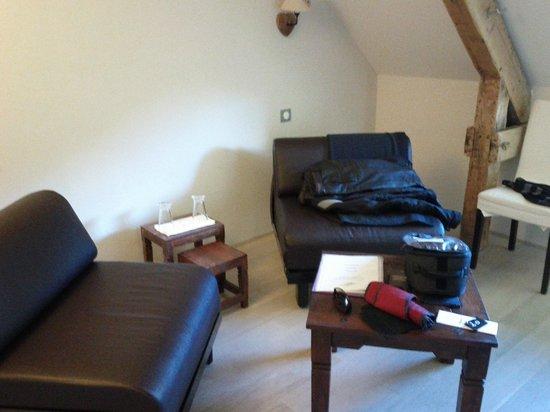 Le Saut de la Truite : Chambre 20 et son petit salon