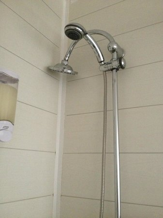 Mister Bed City Lille : Large shower head was very good