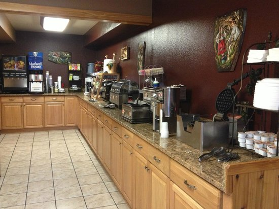 Best Western Inn of Pinetop: Awesome Breakfast Selection