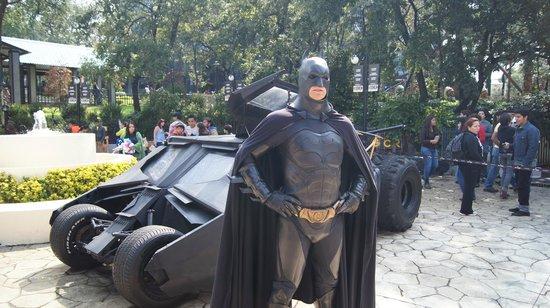 Six Flags Mexico : BATMAN