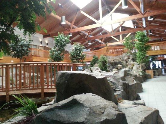 C'mon Inn - Grand Forks : Courtyard