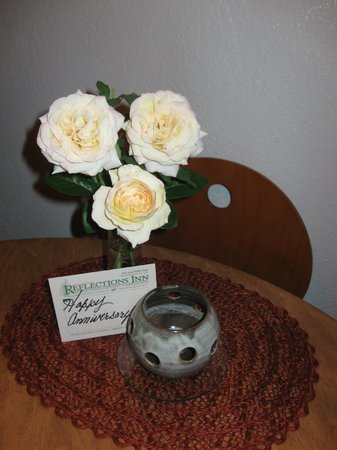 Reflections Inn: Our anniversary roses.  Thanks Ruth!!