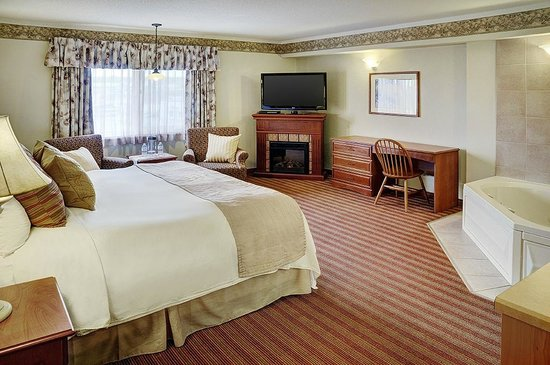 Coastal Inn Halifax : Honeymoon Suite