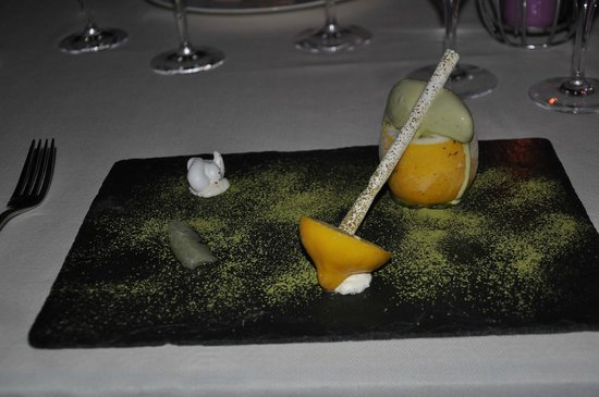 Restaurant L'Or Bleu : combination of frosted lemon