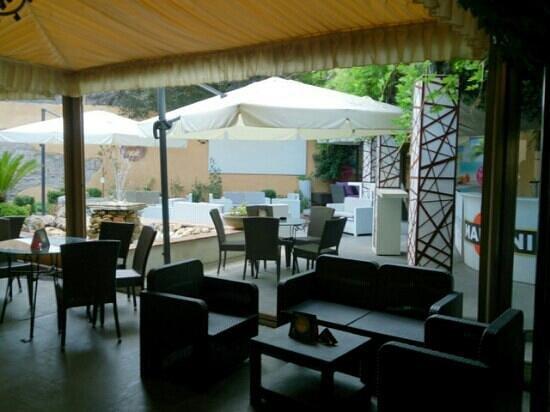 Agorà Anytime Cafè: Garden Agorà