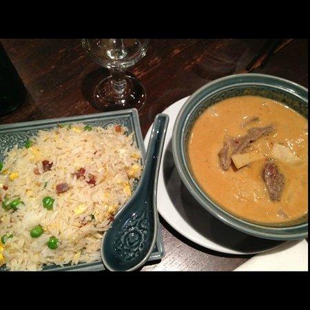 Lao Siam : Boeuf aux pousses de bambou lait de coco / riz cantonais