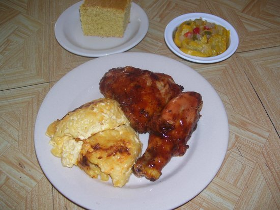 Workmen's Cafe: Bbq Chicken Dinner w/ Mac and Cheese & Steamed Yellow Squash and Cornbread