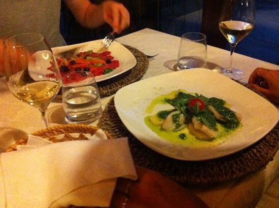 Hotel Kursaal Umbria: Sea bass and peak salad