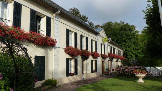 Hostellerie du Pavillon Saint-Hubert : façade