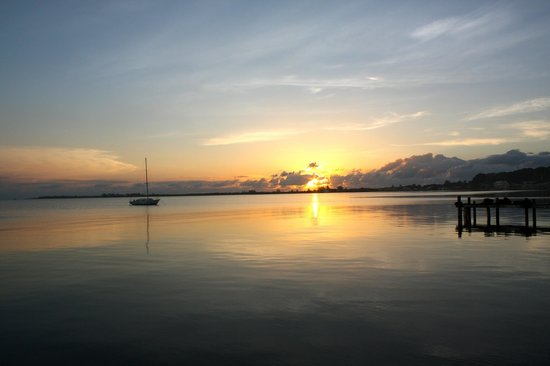 Babalu Bar and Grill: great sunset from the outer dock