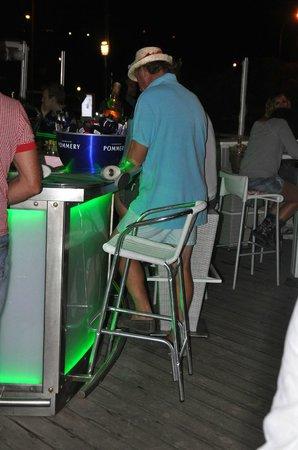 Barco Beach Restaurant: the bar at first floor