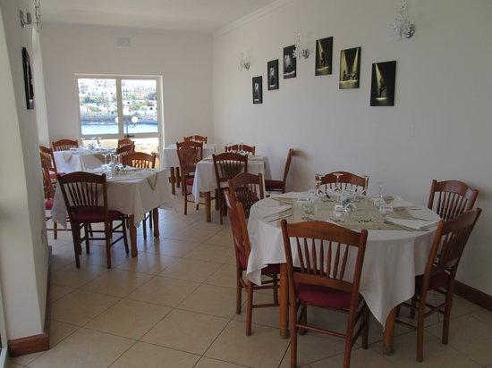 Fellini Italian Restaurant : First floor room