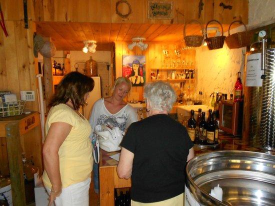 Calaboose Cellars : Tasting Room