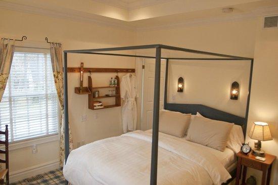 Merlot House: Chardonnay Queen Suite