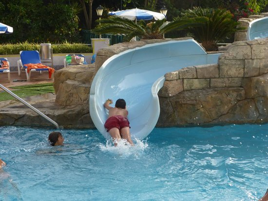 Tobog n de la piscina picture of blue sea costa jardin spa puerto de la cruz tripadvisor - Tobogan para jardin ...
