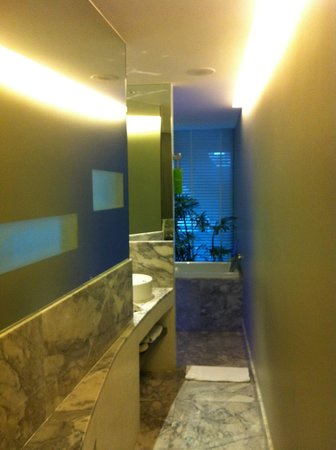 LiT BANGKOK Hotel : vue 3 ch 407