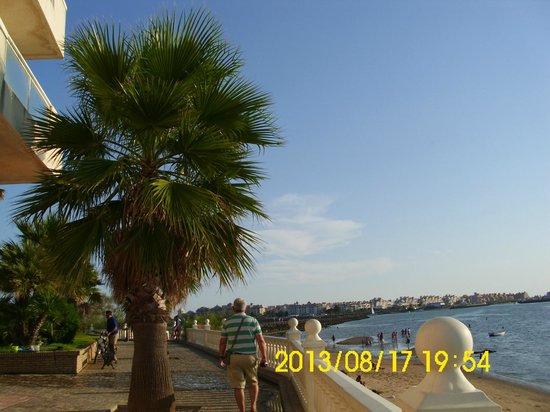 Hotel Paraiso Playa: PASEO MARITIMO