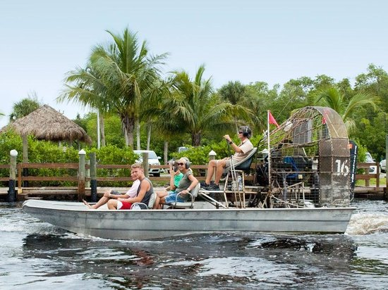 ‪Captain Jack's Airboat Tours‬