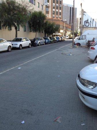 Ibis budget Malaga Centro: street outside