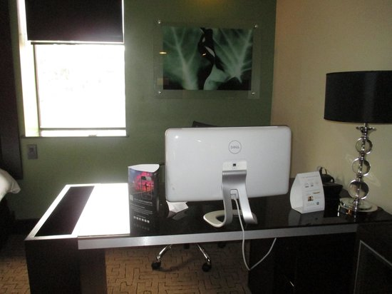 Hotel Duval, Autograph Collection: Desk