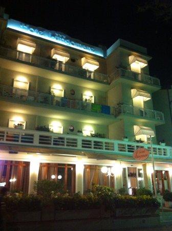 Hotel Lungomare: Di notte