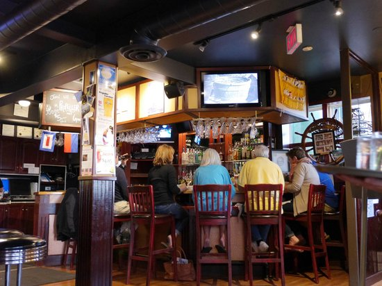 Brigantine Inn: Dining pub