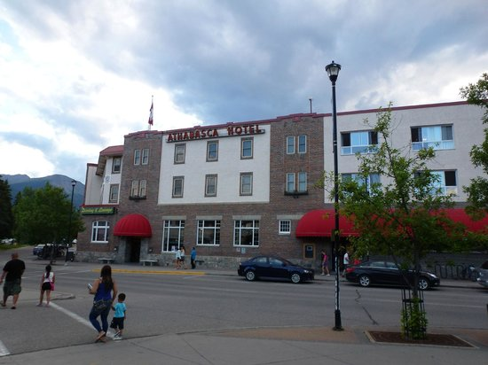 Athabasca Hotel 사진