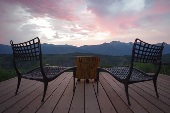 Amangani: Sunset viewing area