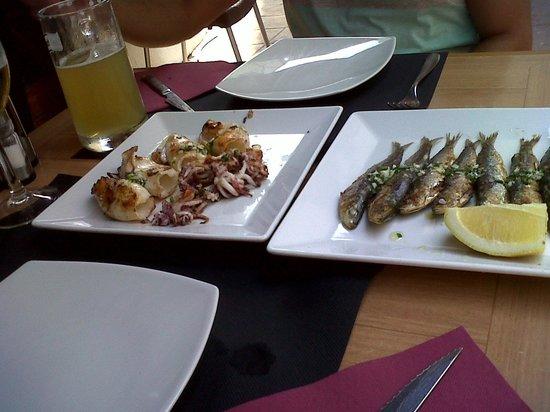 Bahiton Tossa : calamares y sardinas a la plancha