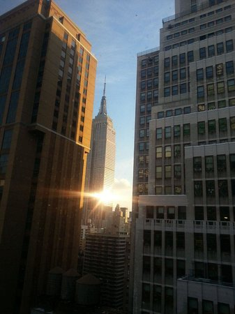 Courtyard New York Manhattan/Times Square: Vista do Hotel