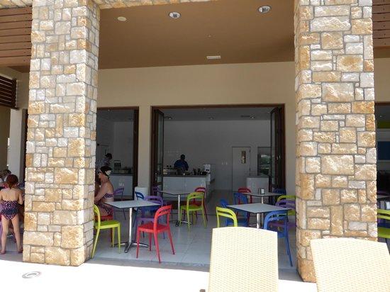 Blue Lagoon Village: Crepe place