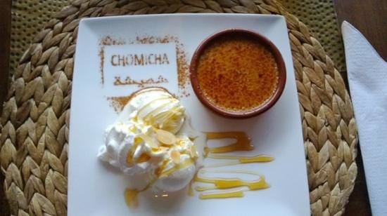 Chomicha: Surprise Dessert - Creme Brule and ice cream with honey and almonds.