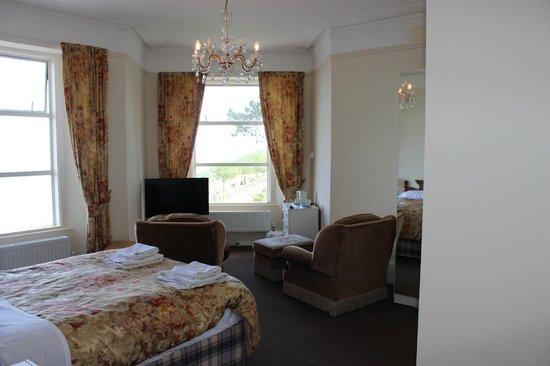 Oddicombe Hall Hotel: First Floor Room
