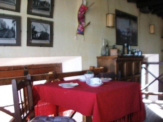 Posada La Juanita : Detalles decorativos del comedor