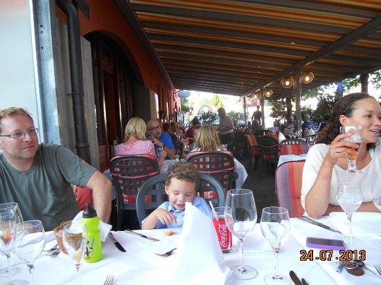 Ristorante & Pizzeria Schmitte da Nino: Family dinner - Switzerland