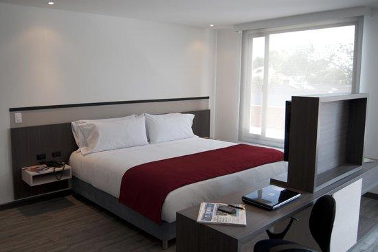Calleja Suites Hotel: Habitación